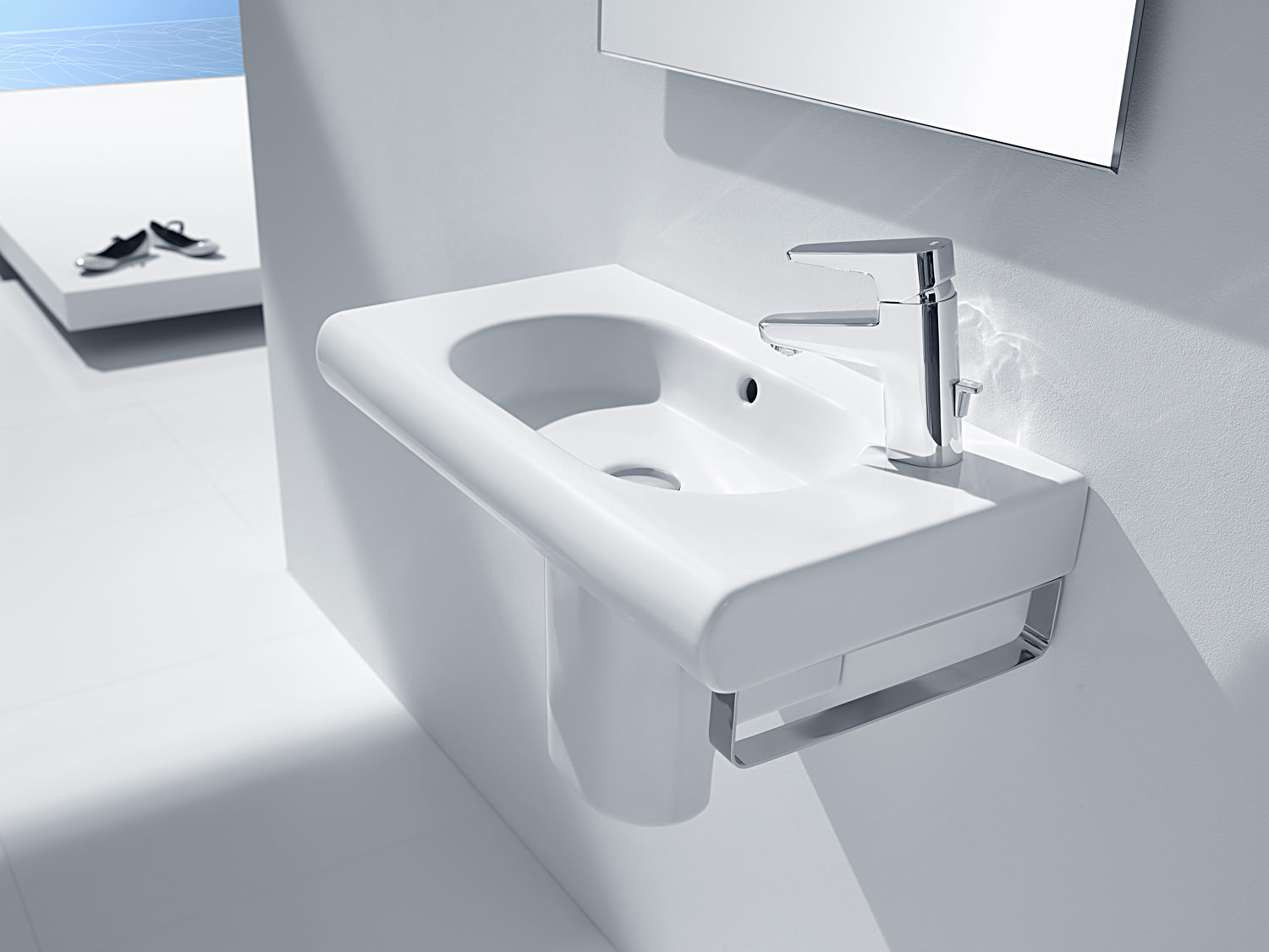Roca Meridian-N Compact 550 x 320mm Wall Hung Basin With 1 LH Taphole