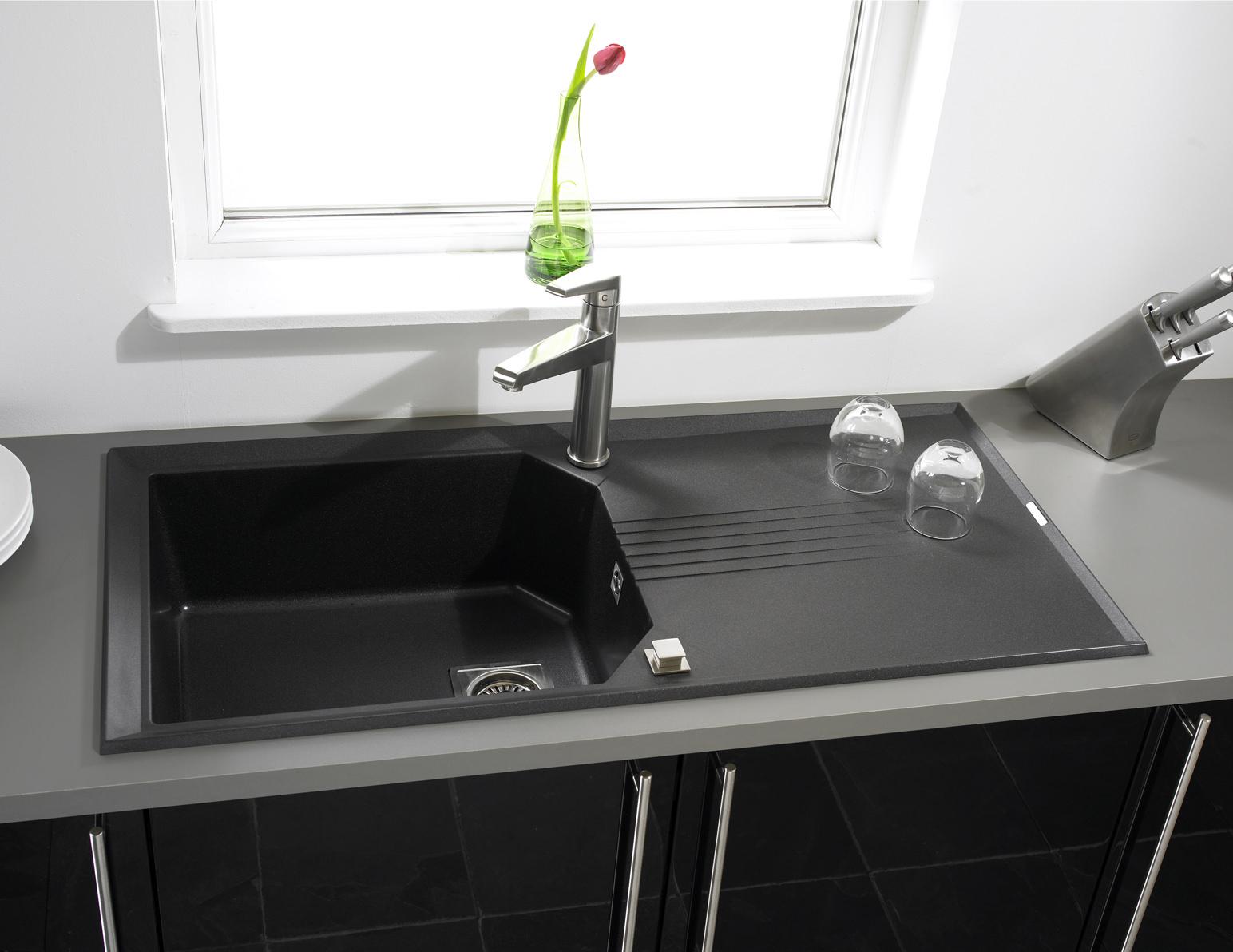 Simple Rok Kitchen Sinks