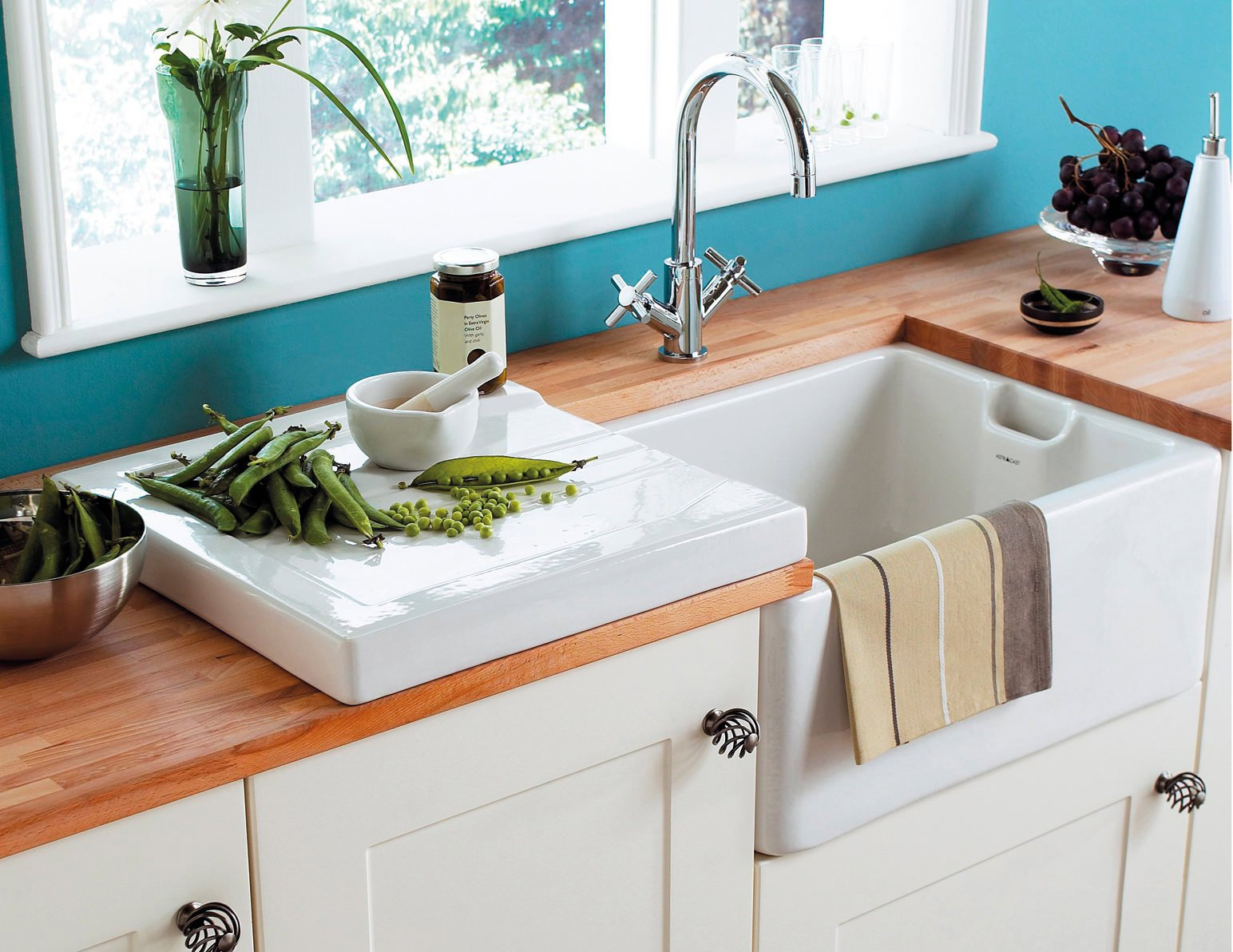 Astracast ceramic drainer for butler or farmhouse style sink for Sink styles