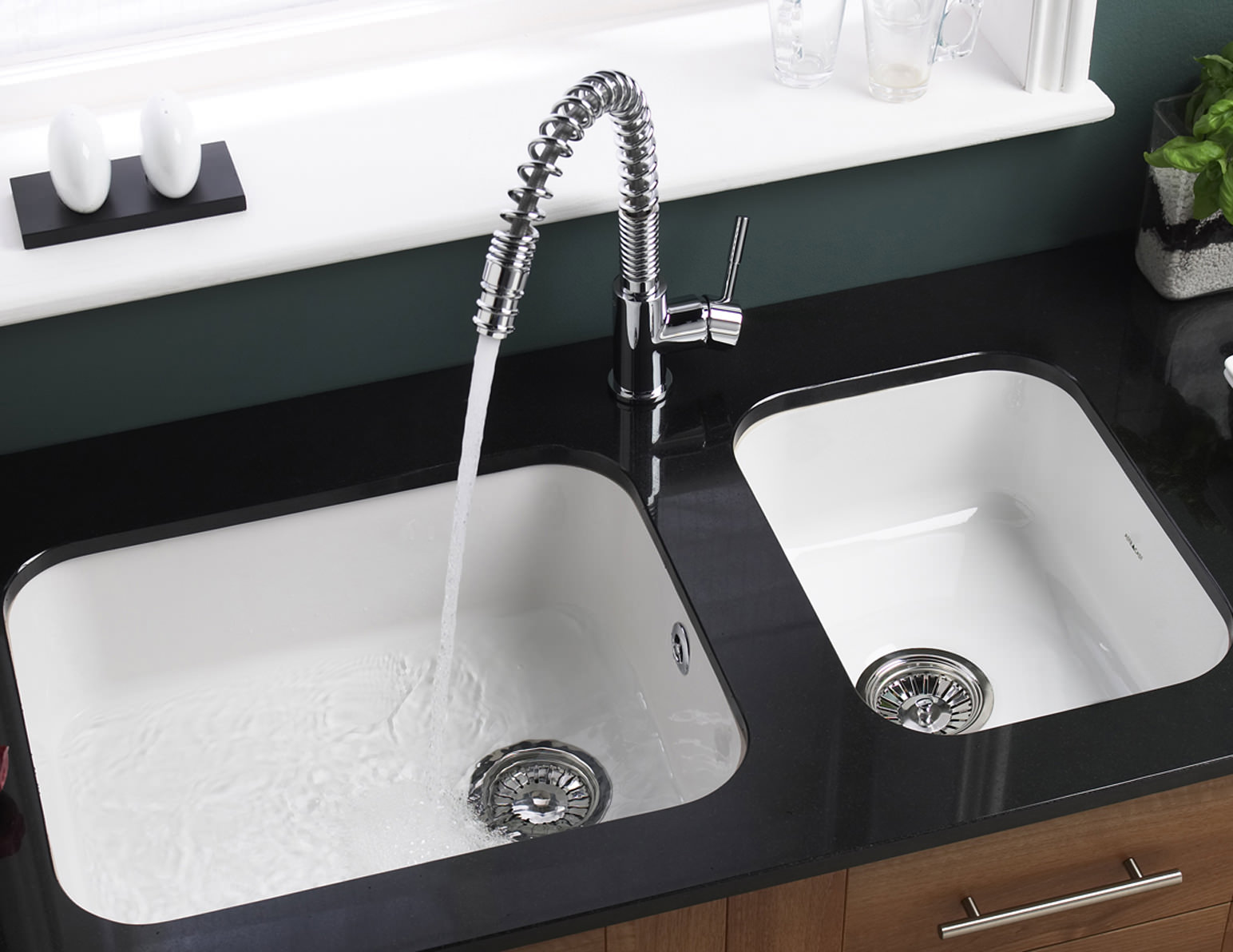 Bon Astracast Lincoln 3040 Gloss White Ceramic Undermount Sink   Main Bowl