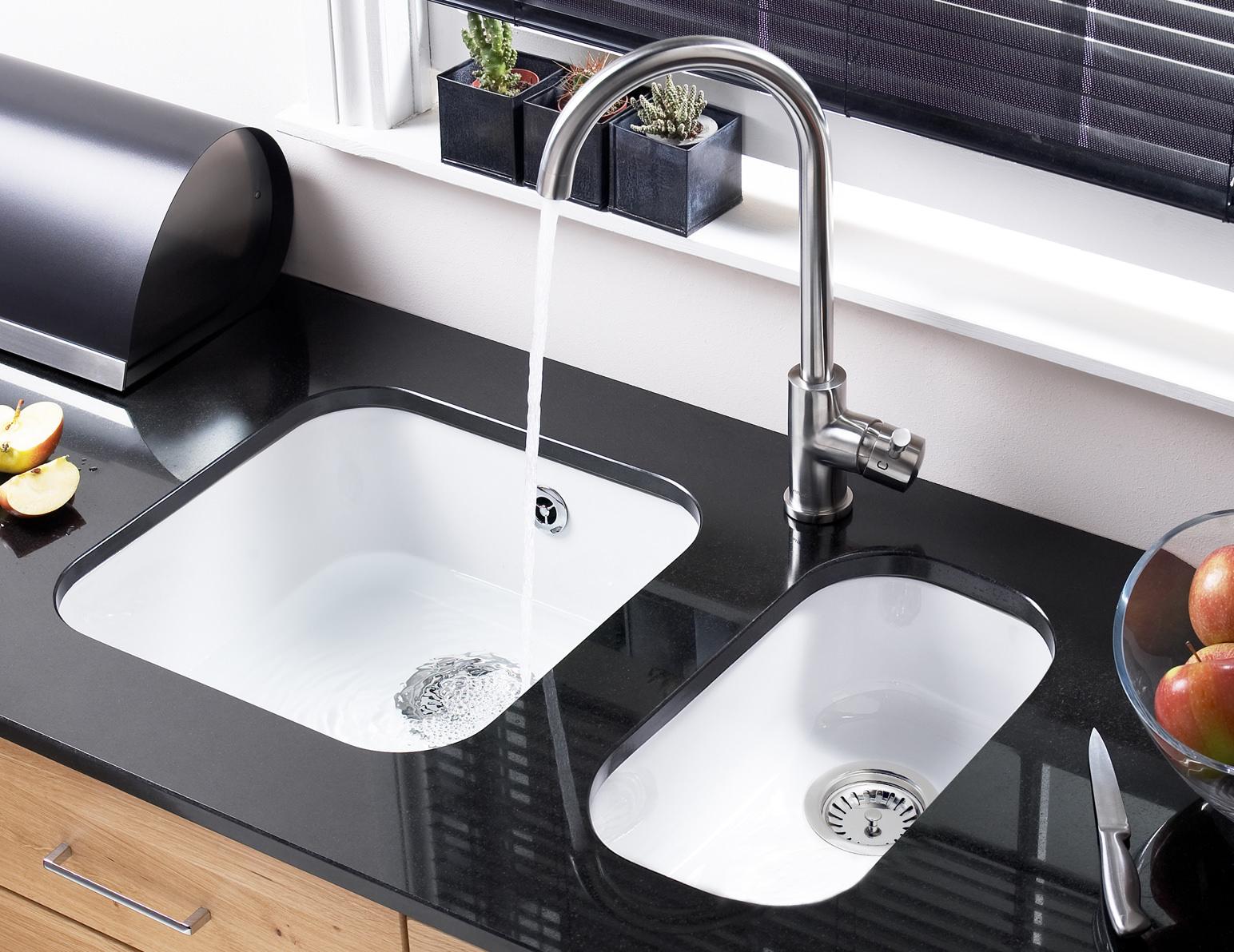 Astracast Lincoln 4040 Gloss White Ceramic Undermount Sink   Main Bowl
