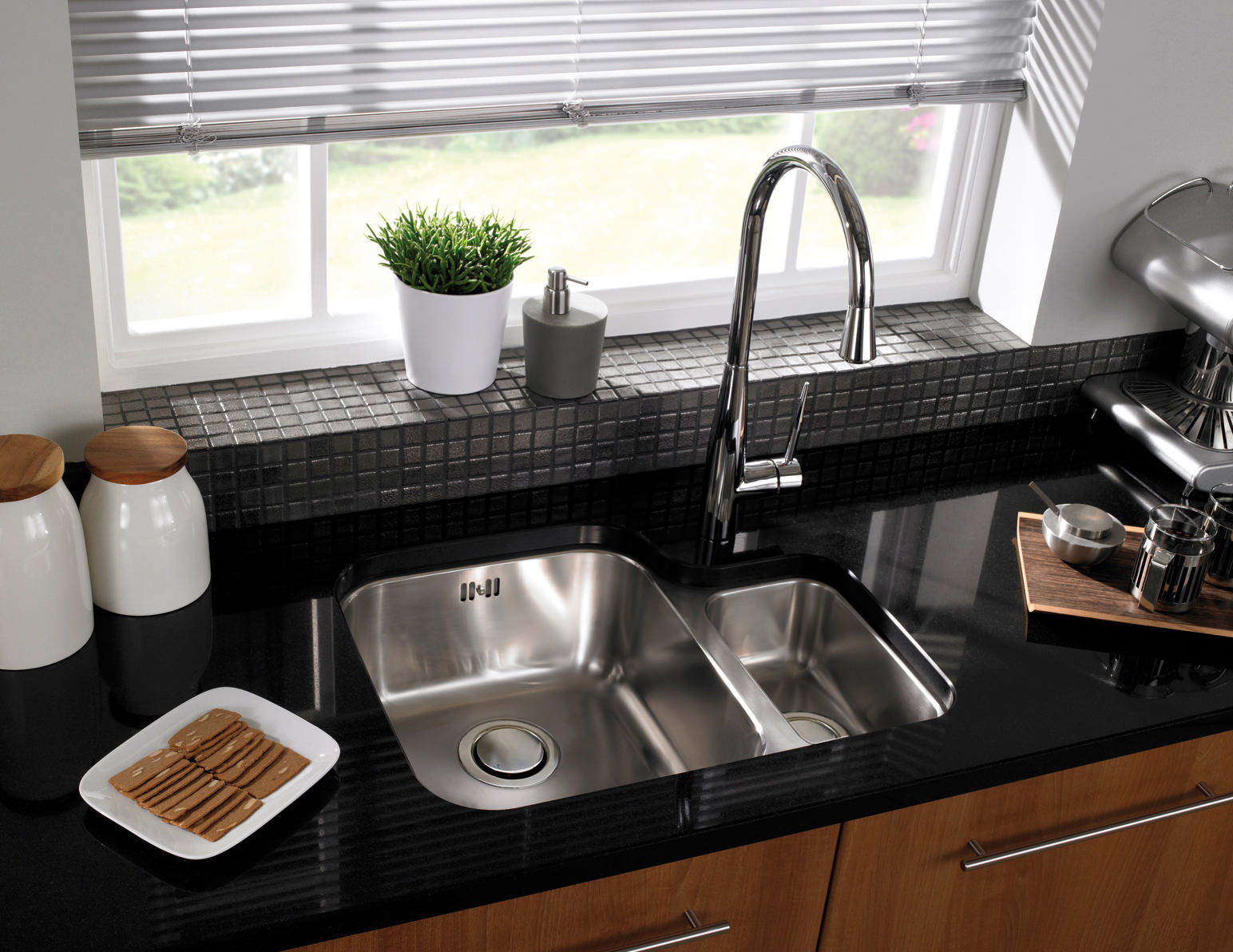 Alternate image of astracast edge d1 polished stainless steel undermount sink and tap 1 5b