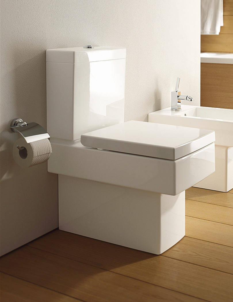duravit vero white alpin finish close coupled toilet 370 x. Black Bedroom Furniture Sets. Home Design Ideas