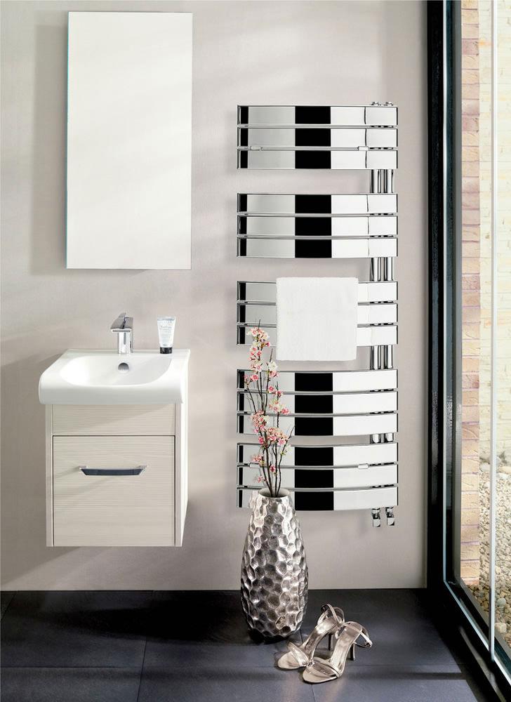 Bauhaus Essence 550 X 1080mm Chrome Curved Flat Panel
