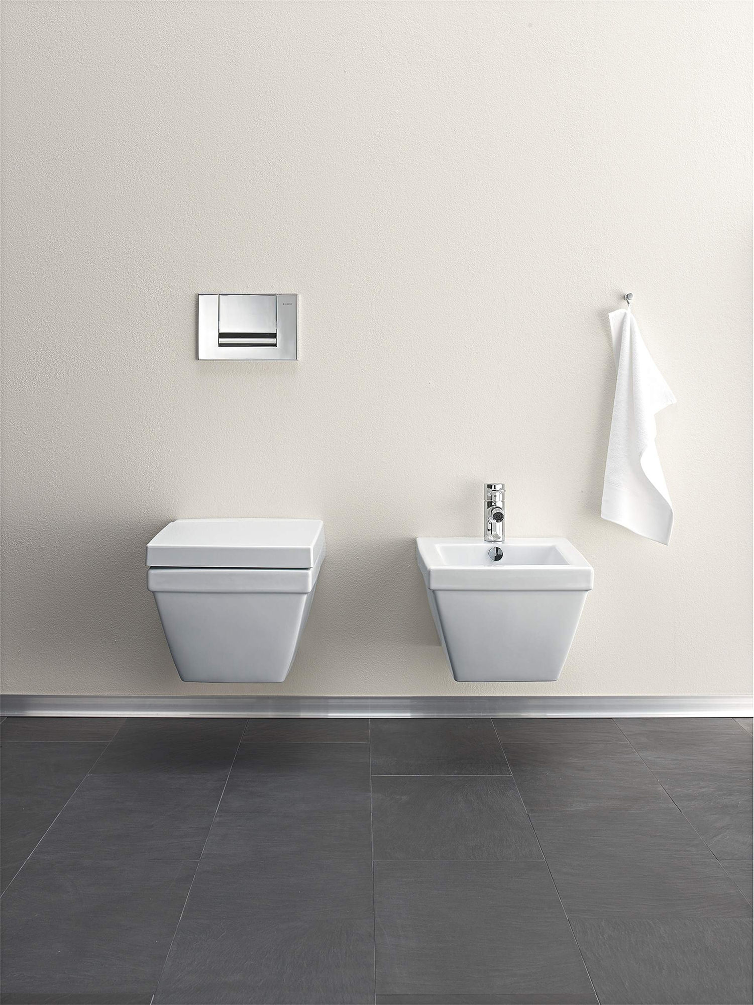 duravit 2nd floor 1 tap hole wall mounted bidet. Black Bedroom Furniture Sets. Home Design Ideas
