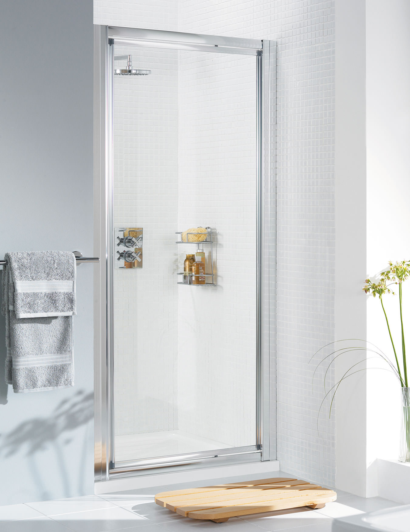 Lakes Classic Framed Pivot Door 750 X 1850mm Silver