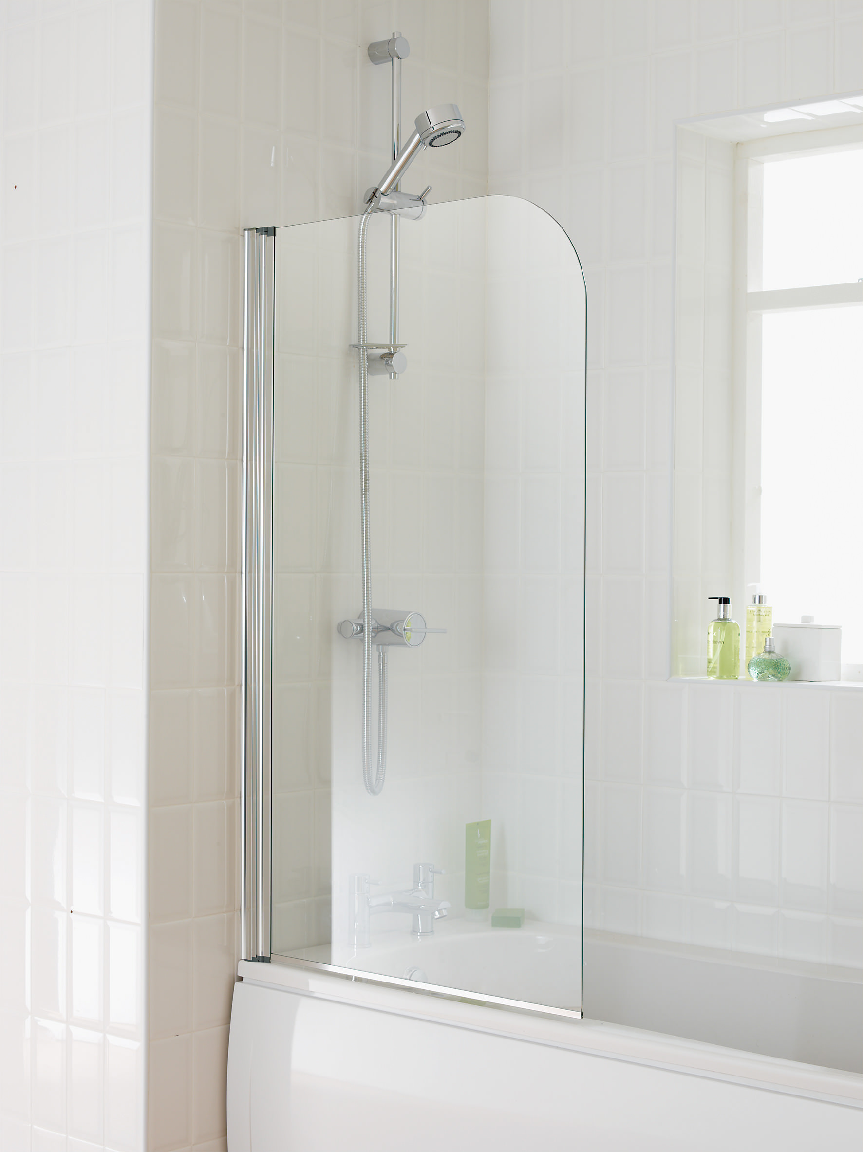Essential Element 750 X 1300mm Single Panel Bath Screen