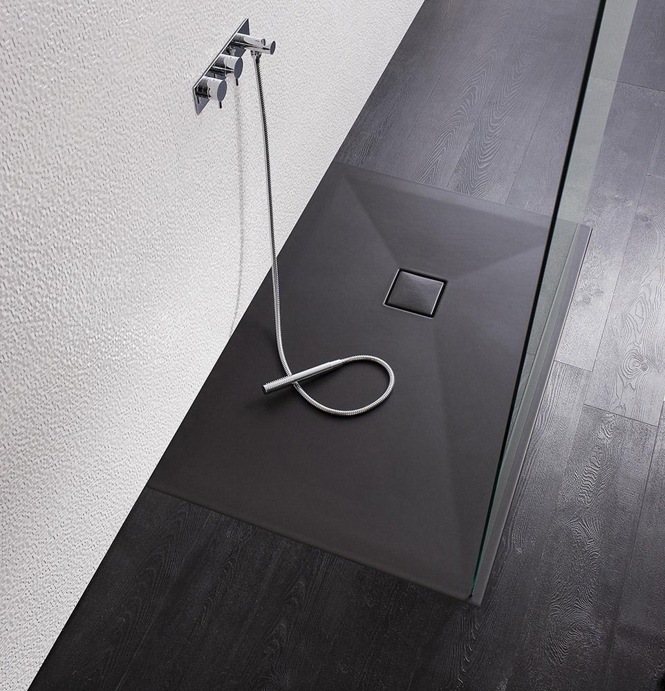 simpsons plus ton 30mm matt black shower tray 1700 x 900mm. Black Bedroom Furniture Sets. Home Design Ideas