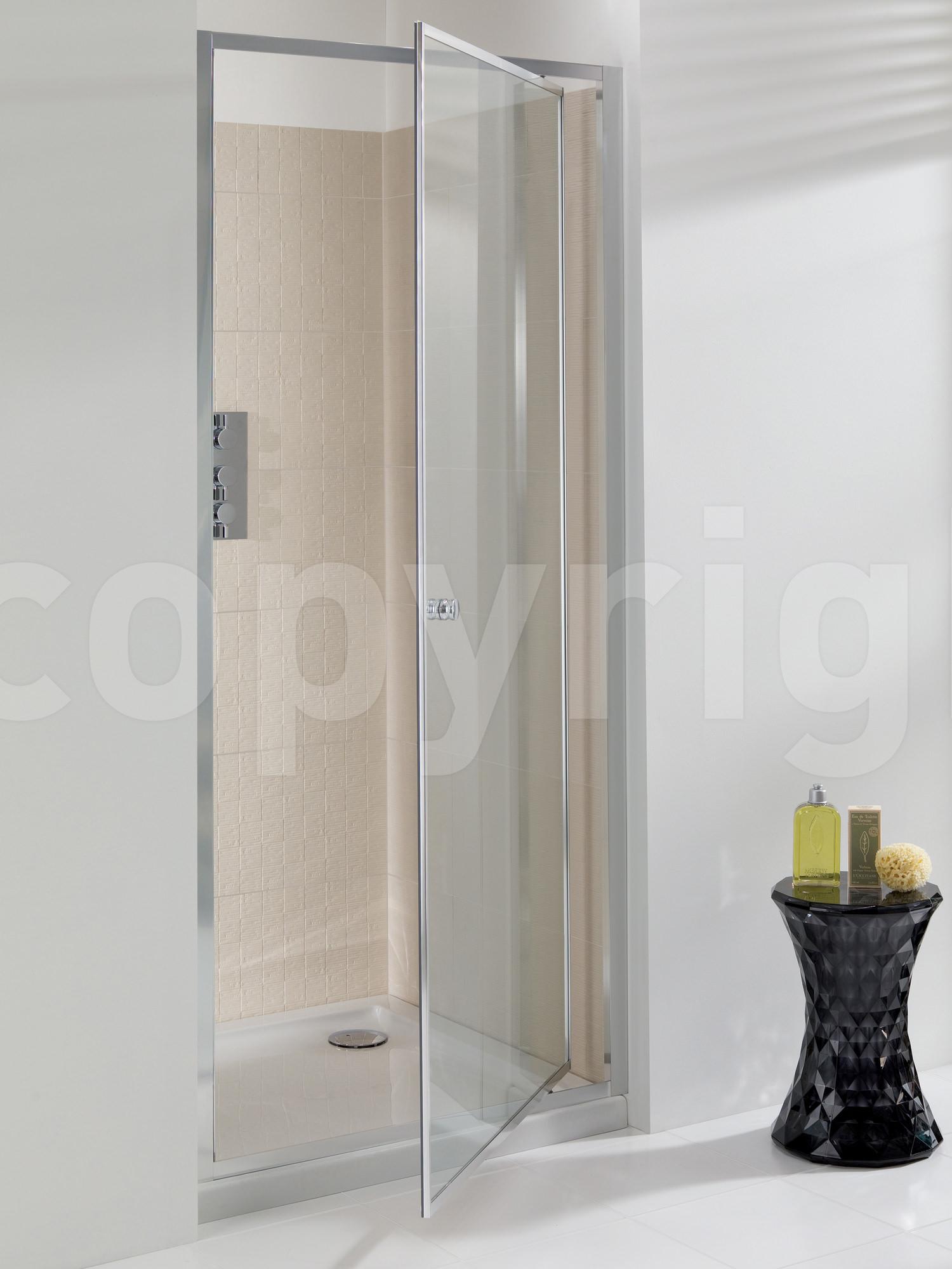 Simpsons Edge 800mm Pivot Shower Door