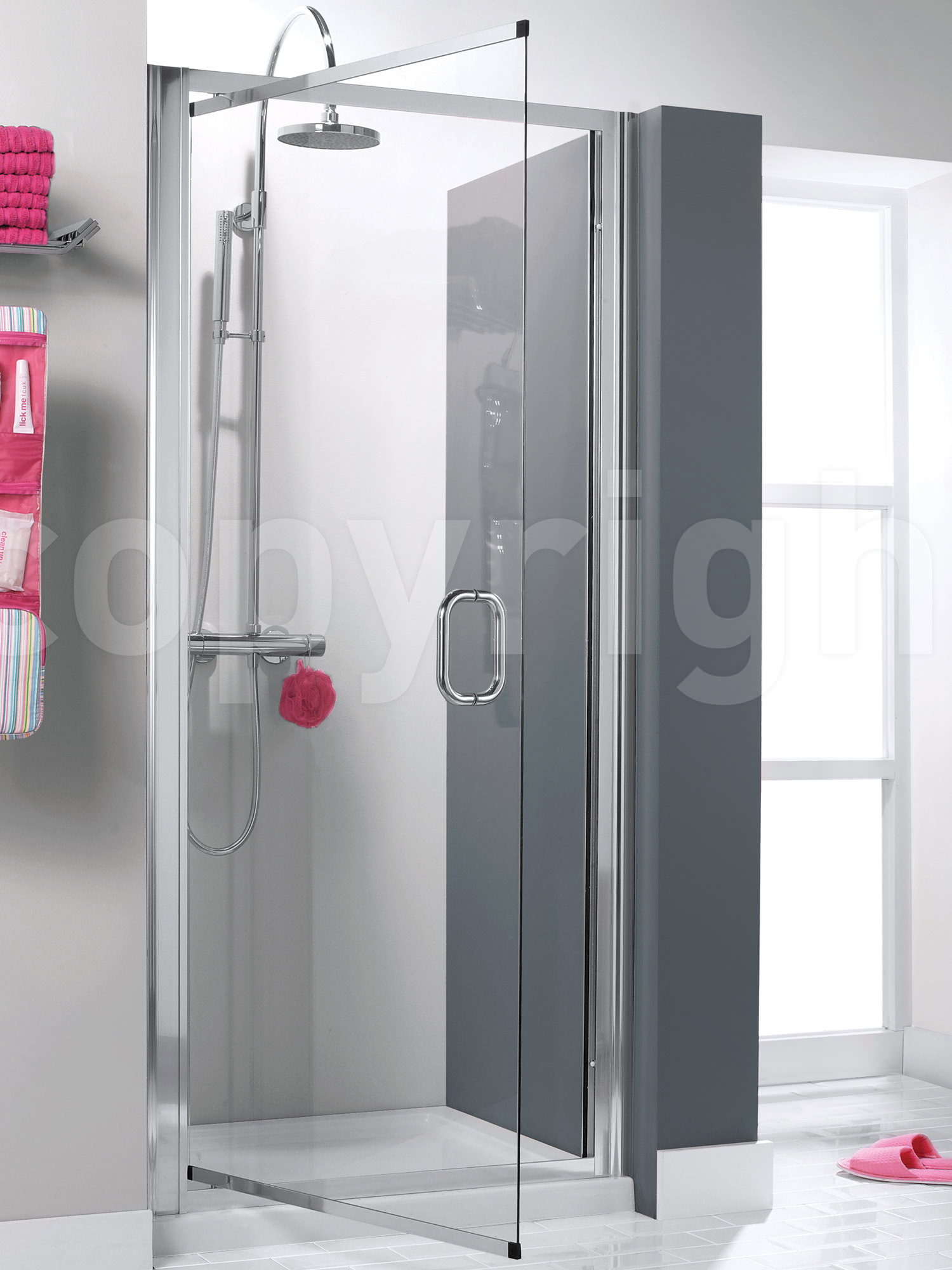 Simpsons Supreme 900mm Luxury Pivot Shower Door